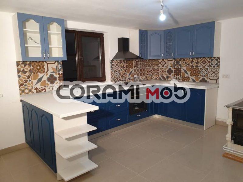 Mobilier de bucătărie ROYAL cu uși mdf vopsit frezat Suceava