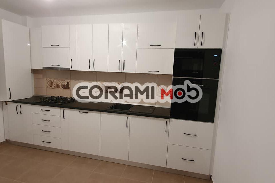 Mobilier bucătărie ALB/NEGRU în Șcheia